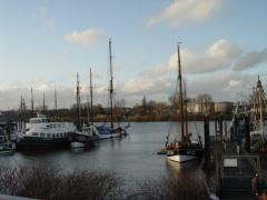 Museumshafen Finkenwerder mit Fischkutter